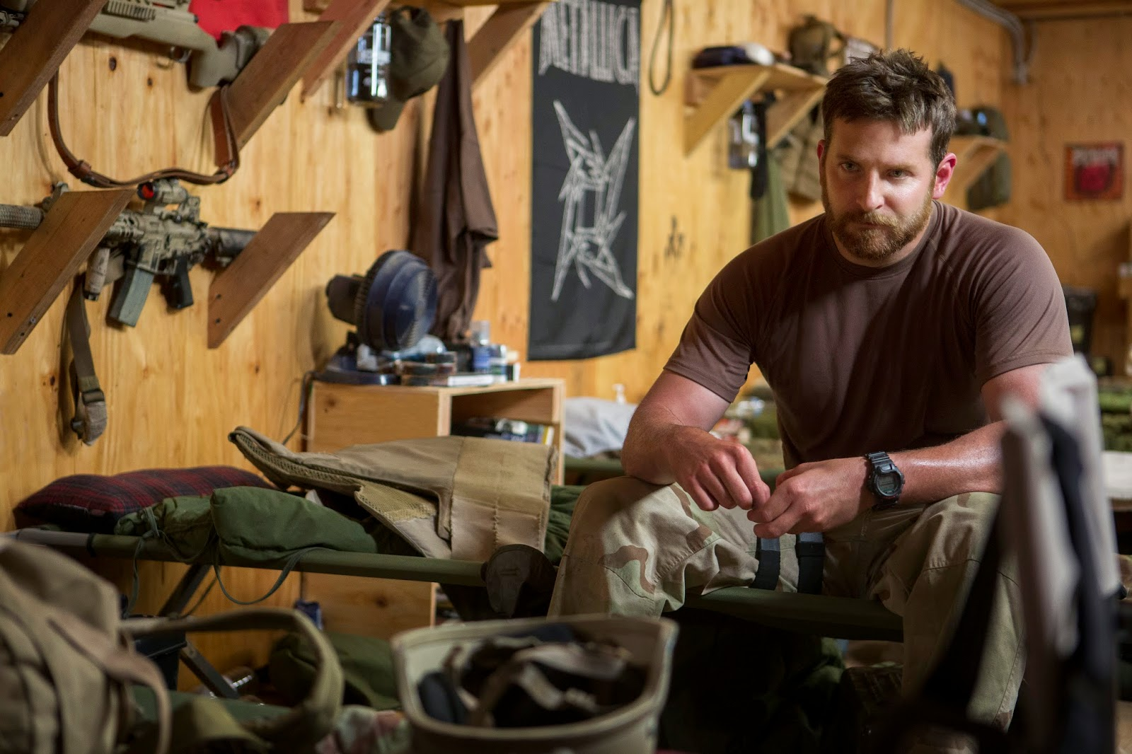 Chris Kyle (Bradley Cooper)