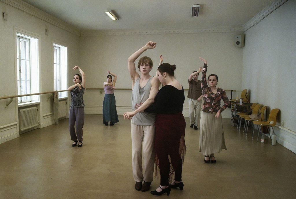 Dans Eğitmeninin Tacizinden Kurtulamayan Öğrenci