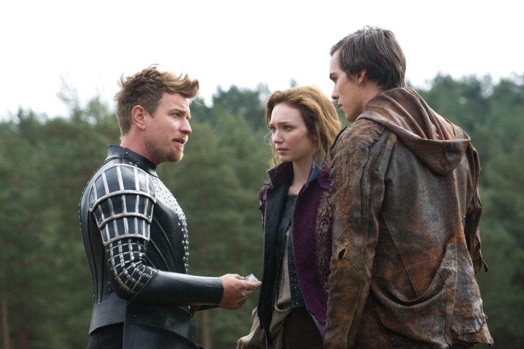 Elmont (Ewan McGregor), Isabelle (Eleanor Tomlinson) ve Jack (Nicholas Hoult)