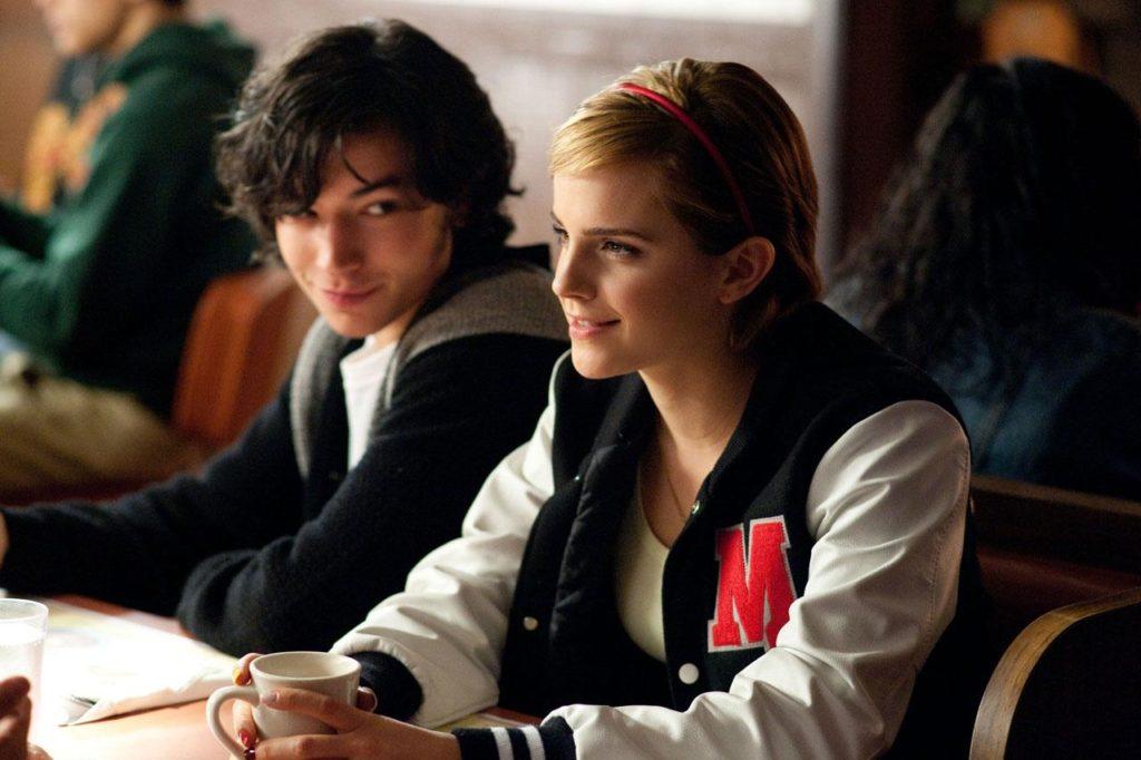 Patrick (Ezra Miller) ve Sam (Emma Watson)