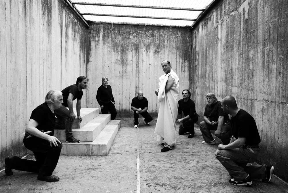 Hapishane sahneleri
