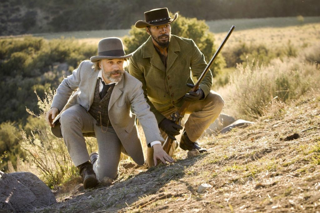 Dr. King Schultz (Christoph Waltz) ve Django (Jamie Foxx)