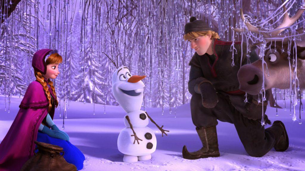 Elsa (Idina Menzel), Olaf (Josh Gad) ve Kristoff (Jonathan Groff)