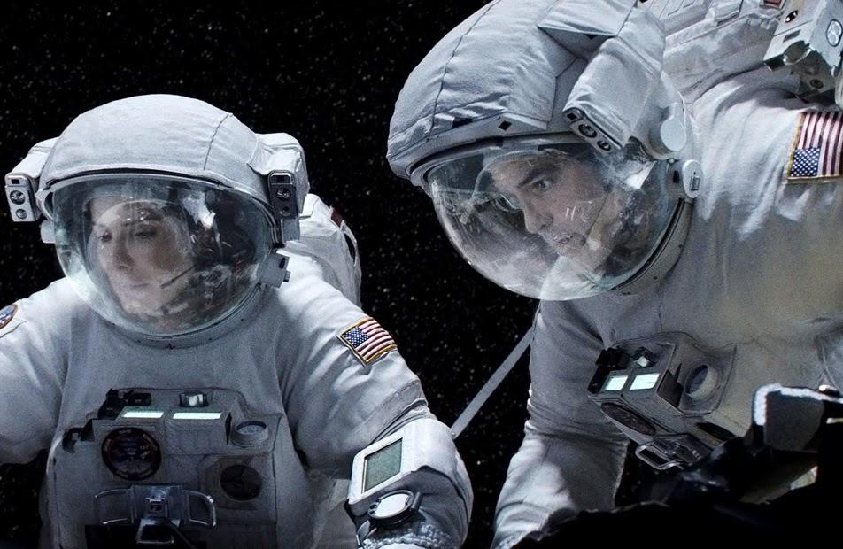 Ryan Stone (Sandra Bullock) ve Matt Kowalski (George Clooney)