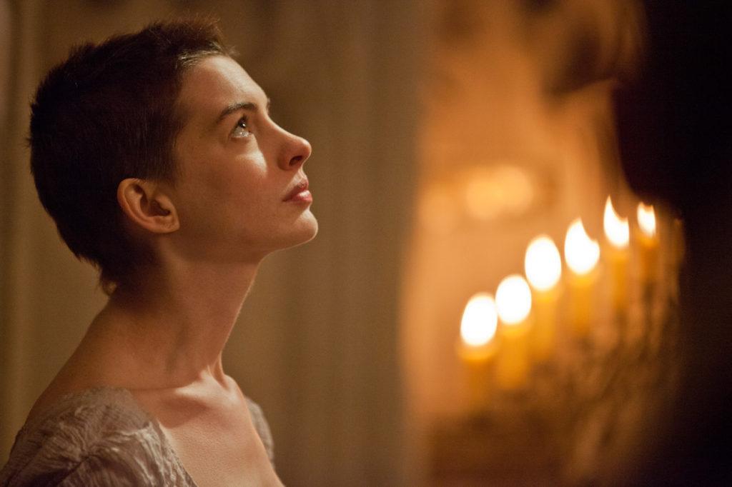 Fantine (Anne Hathaway)