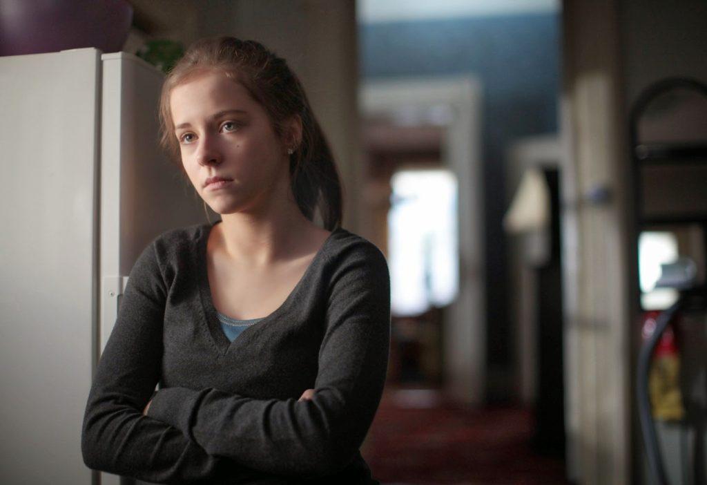 Emma (Kelly Thornton)