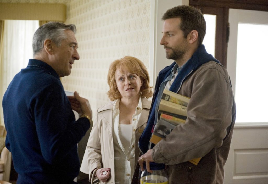 Pat Sr. (Robert De Niro), Dolores (Jacki Weaver) ve Pat (Bradley Cooper)