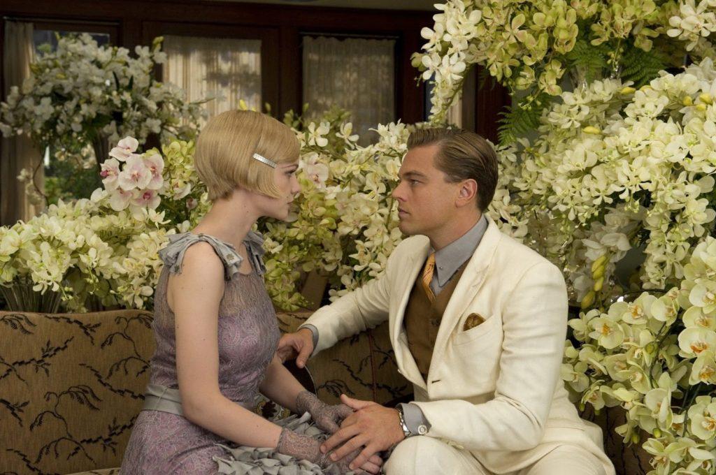 Daisy Buchanan (Carey Mulligan) ve Jay Gatsby (Leonardo DiCaprio)