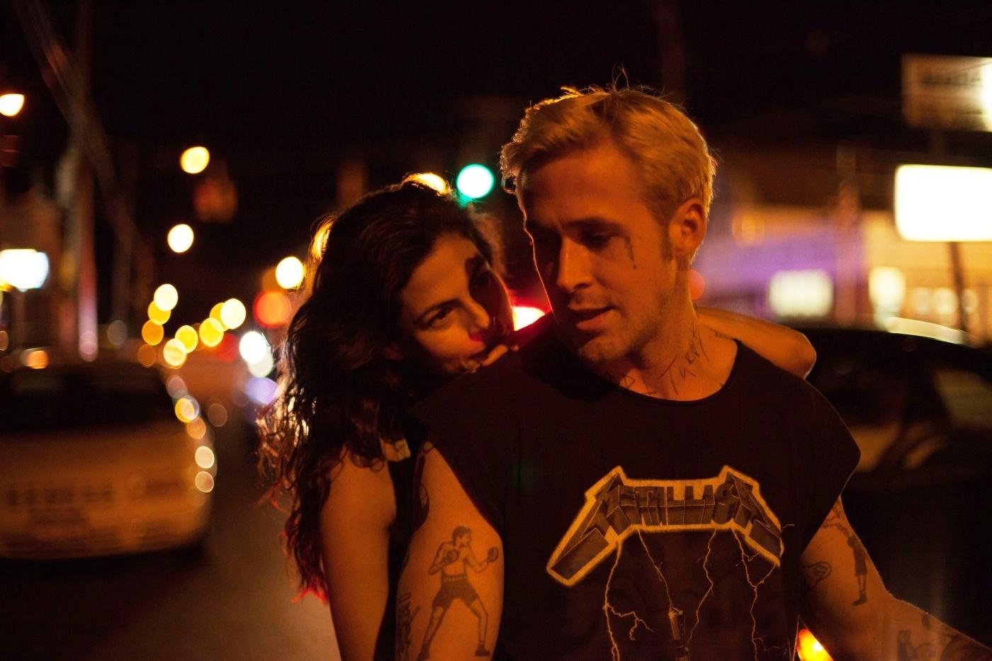 Romina (Eva Mendes) ve Luke (Ryan Gosling)