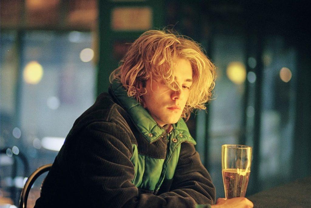 Tom (Xavier Dolan)