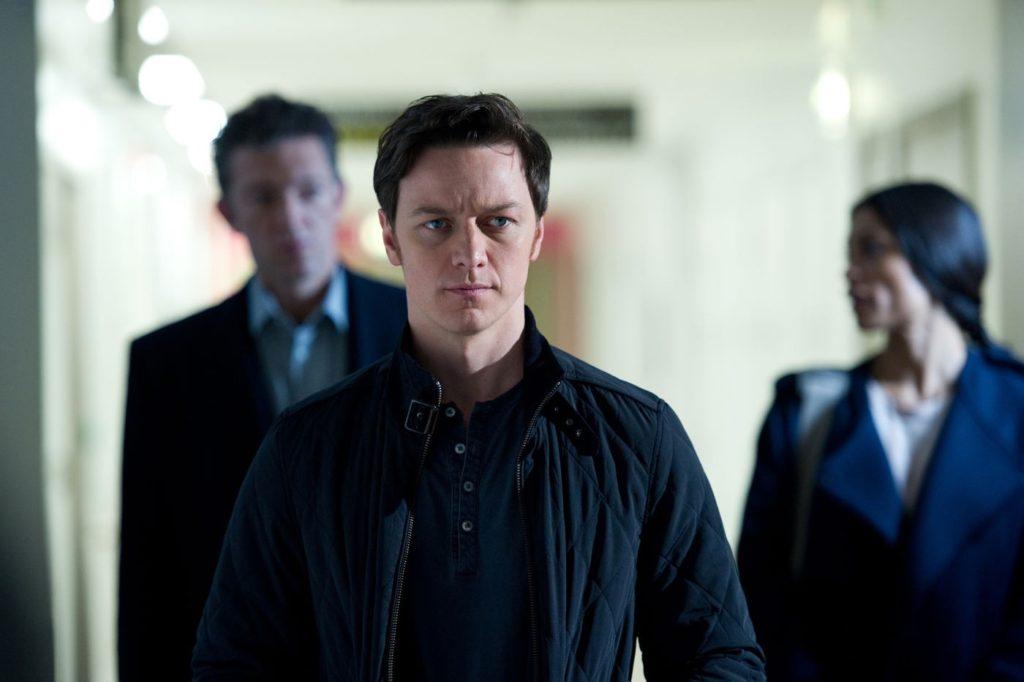 Franck (Vincent Cassel), Simon (James McAvoy) ve Elizabeth (Rosario Dawson)