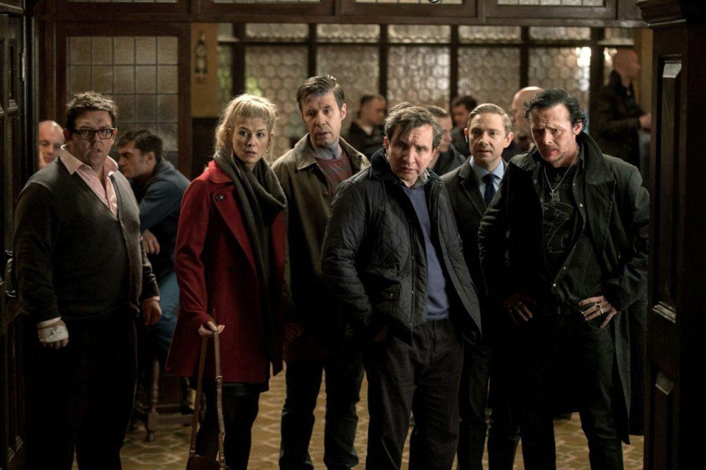 Andy (Nick Frost), Sam (Rosamund Pike), Steven (Paddy Considine), Peter (Eddie Marsan), Oliver (Martin Freeman) ve Gary (Simon Pegg)